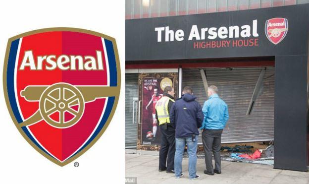 Arsenal: Đá thua tan tác, cầu thủ bỏ đi, cửa hàng còn bị trộm