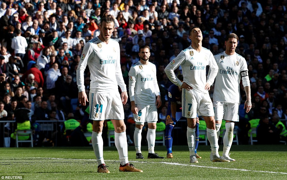 Real Madrid đang 'chết', tại sao Zidane không muốn thay đổi?