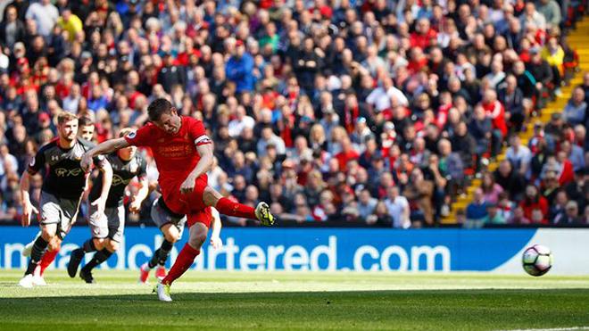 Milner đá hỏng penalty sau pha 'tâm lý chiến' cực khó chịu của thủ thành Forster