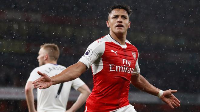 Arsenal đã nhượng bộ Sanchez, chấp nhận mức lương 'không thể tin nổi'