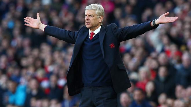 CEO Arsenal: 'Nhìn khắp thế giới, không ai giỏi hơn Wenger'