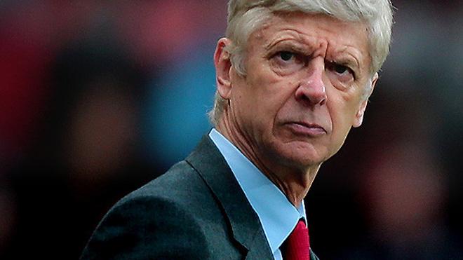 Wenger muốn Arsenal không học M.U, dự Champions League bằng đường Europa League