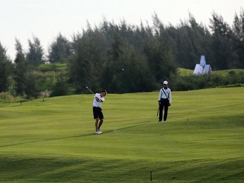 Khai mạc và thi đấu vòng đầu tiên của giải AMD Golf Challenge 2017