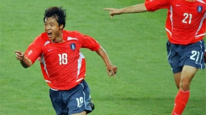 Huyền thoại bóng đá Hàn Quốc đối đầu U22 Việt Nam