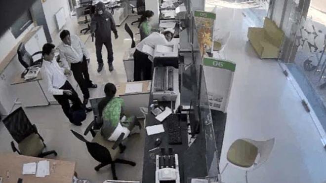 Bắt nghi phạm vụ cướp ngân hàng Vietcombank tại Trà Vinh