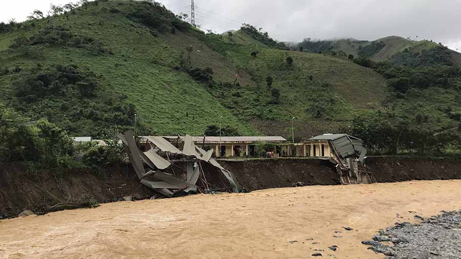 Cập nhật thiệt hại mưa lũ: 38 người bị chết, 42 người bị mất tích, 22 người bị thương