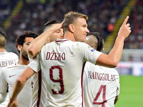 Dzeko được ca ngợi là chuyên gia phá kỷ lục '82 tuổi' trong ngày Roma hủy diệt Milan