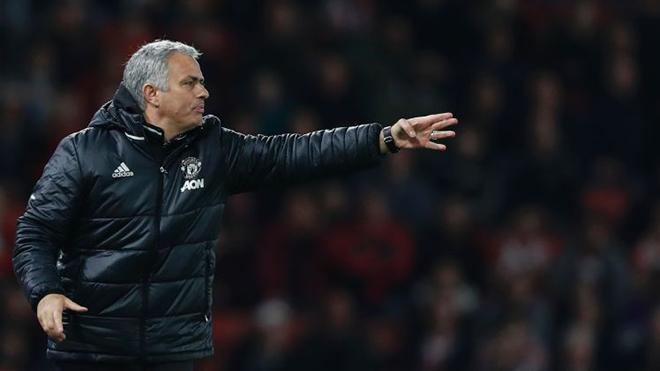 Mourinho đang phản bội lại lịch sử Man United?