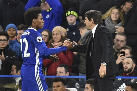 Conte, Chelsea, Ngoại hạng Anh