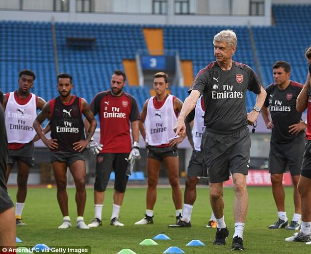 Wenger sẽ đưa Arsenal trở lại Champions League ở mùa tới