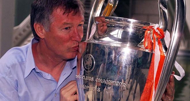 Sir Alex Ferguson kiếm bao nhiêu tiền/năm sau khi giải nghệ?