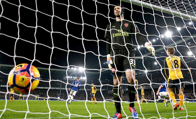 Arsenal: Đừng để 'tai nạn là thù'!