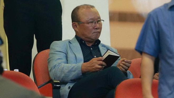 HLV Park Hang Seo chốt ê kíp làm việc, lên bộ khung tuyển Việt Nam