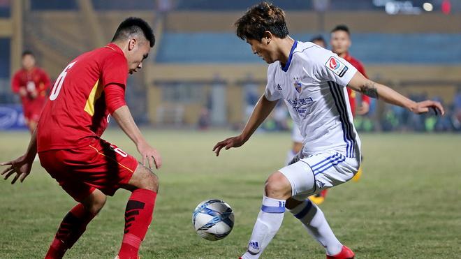 HLV Park Hang Seo: 'Cầu thủ Việt Nam cần tinh quái hơn'