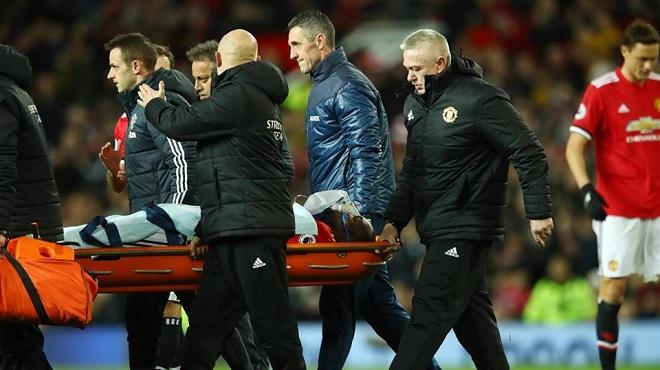 MU mất điểm, Lukaku chấn thương, Mourinho tiếp tục chỉ trích trọng tài