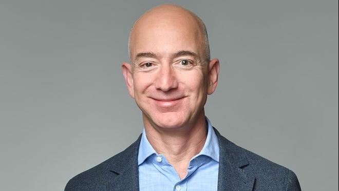 Ông chủ Amazon Jeff Bezos thành tỷ phú giàu nhất lịch sử thế giới với bao nhiêu tiền?