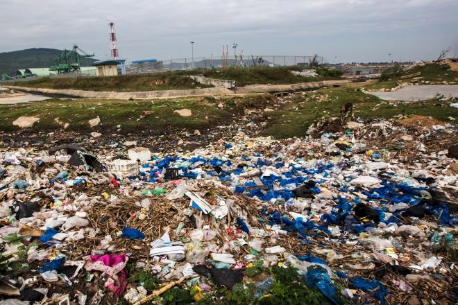 Hình ảnh thảm họa nylon và nhựa dùng một lần đang xâm chiếm thế giới - Ảnh 12