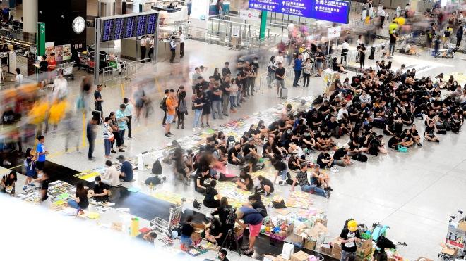 Cảnh sát Hong Kong bắt giữ gần 150 đối tượng biểu tình quá khích