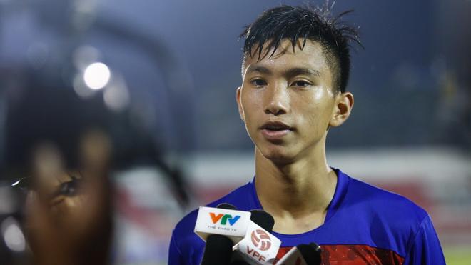Sao trẻ nhất tuyển Việt Nam nhận lời khuyên từ Thành Lương