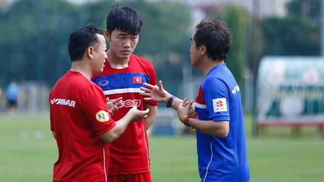 Xuân Trường hứa dốc lòng giúp HLV Park Hang Seo
