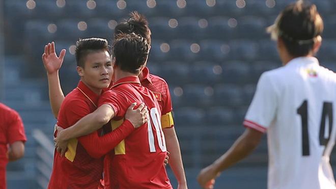 Quang Hải giúp Công Phượng bớt 'cô đơn' tại U23 Việt Nam