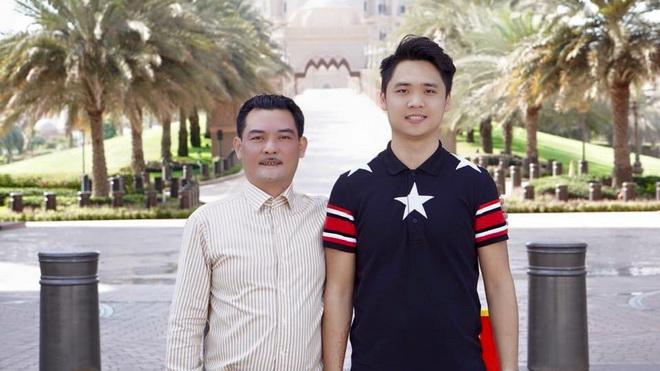 GĐĐH Hà Nội ném chai nước để bảo vệ bố, Tăng Tiến bị đình chỉ trong phòng thay đồ