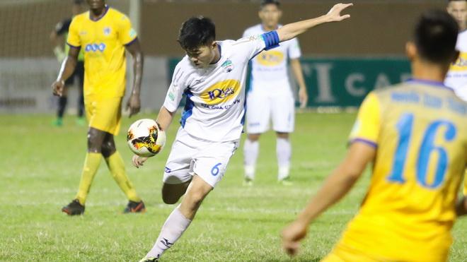 Xuân Trường muốn đánh bại HLV Miura, Việt Nam là nước duy nhất chưa có bản quyền World Cup