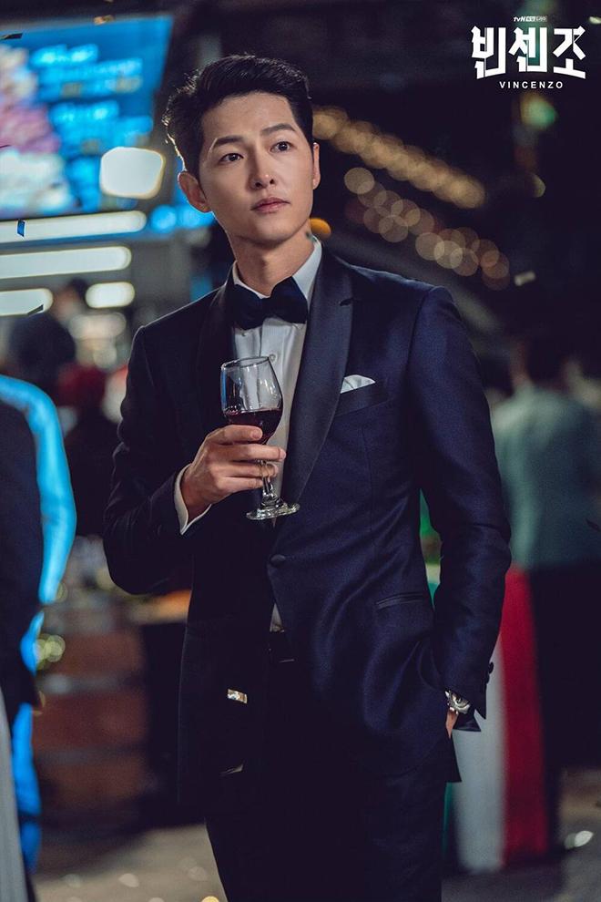 Song Joong Ki tái xuất ấn tượng trong phim 'Vincenzo' - Thể thao & Văn hóa