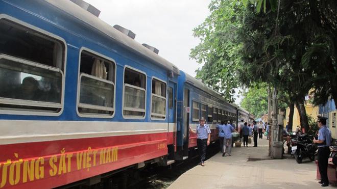 Đường sắt công bố kế hoạch phục vụ Tết 2018 với nhiều đoàn tàu được đóng mới