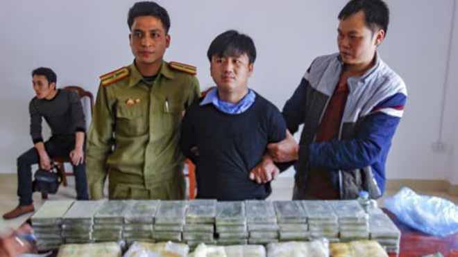 Phá án ma túy lớn, bắt 3 đối tượng, thu 60 bánh heroin, 40.000 viên ma túy