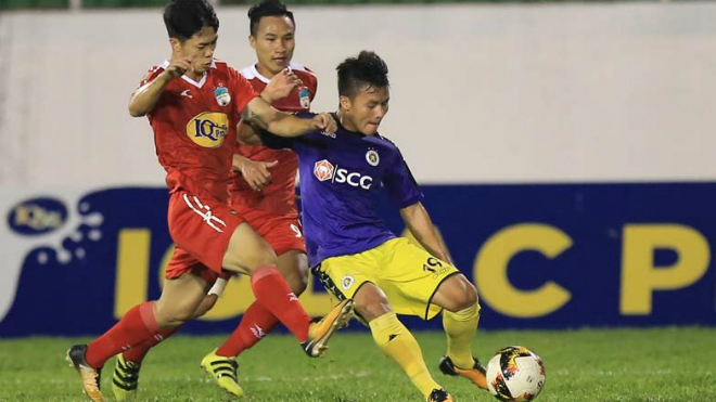 Bị HAGL cầm hòa 1-1, Hà Nội FC vẫn giành quyền đi tiếp nhờ luật bàn thắng trên sân khách