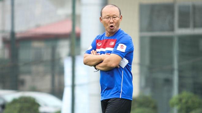 Mr Park chọn đội hình đa dạng, không ngại đặt niềm tin vào cầu thủ trẻ