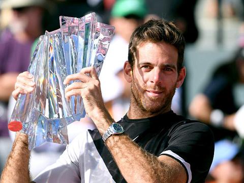 Federer tuột chức vô địch Indian Wells, thua trận đầu tiên trong năm